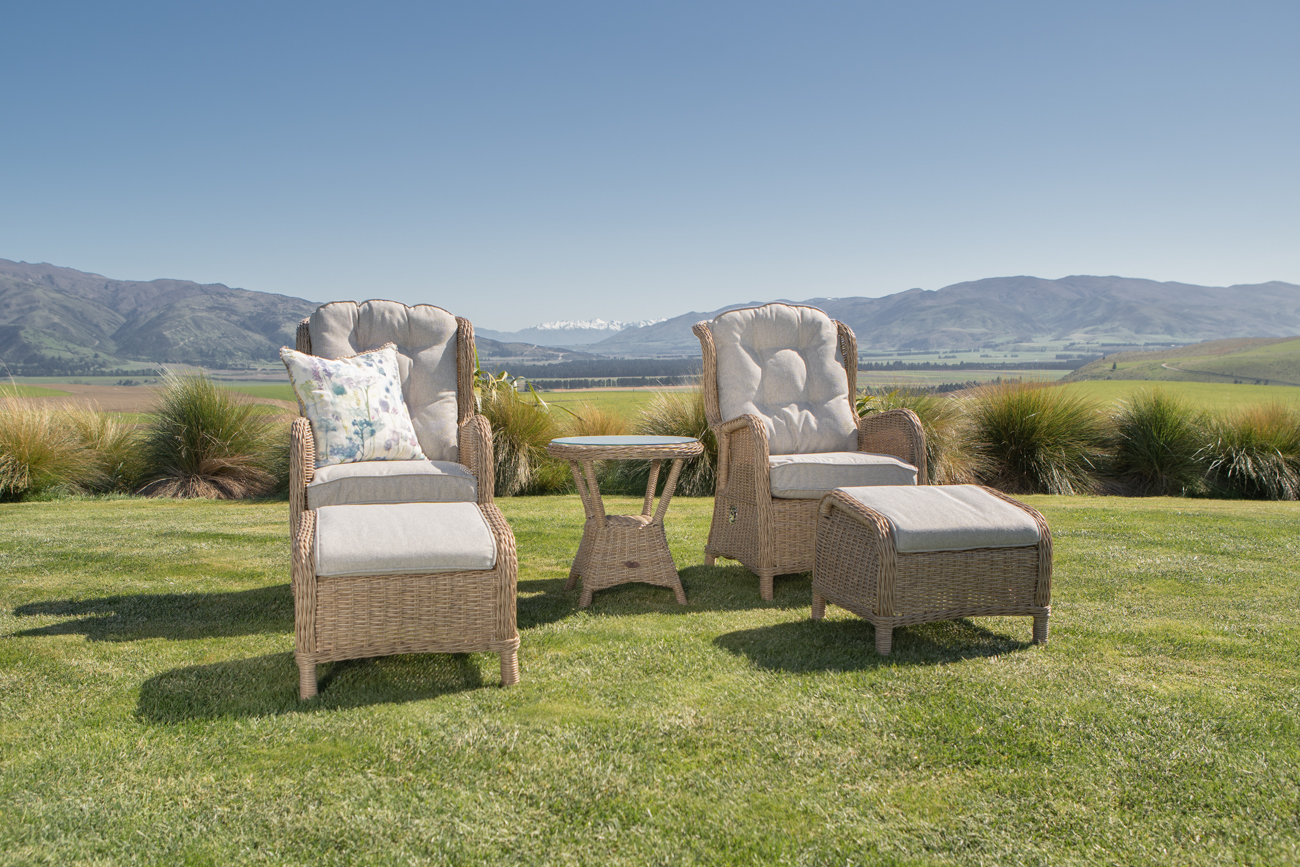 Reclining outdoor furniture. Wicker outdoor chairs & footstools from Mountain Weave NZ
